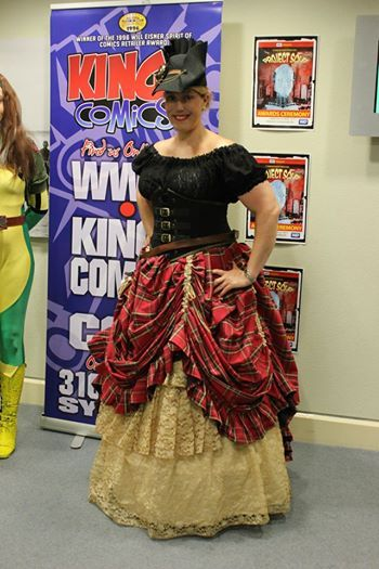 Lisa Carroll of The Nerdy Herd & Tea Duelling Association of Australia wearing her Viletta Reveal skirt, buckled pointy cincher & Lady Sophie Chemise.  Viletta skirt underlay dyed with turmeric & tea & chai spices.