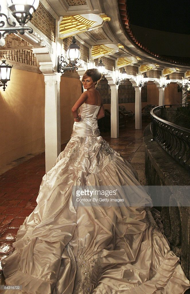Melania Trump in her wedding dress after marrying Donald Trump Sr. at The Mar-a-Lago Club in January 22, 2005 in Palm Beach, Florida.