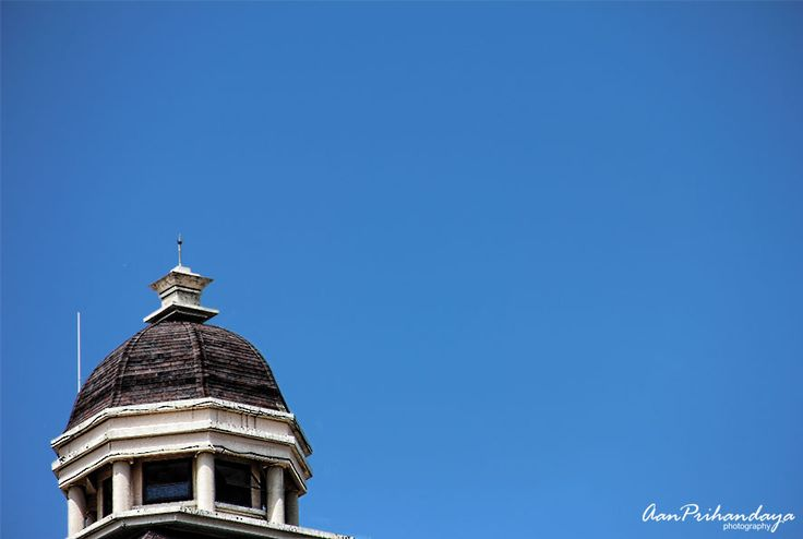 The top of the government office of Pacitan, East Java. Contrast with the clear blue sky. It was taken from the 3rd floor building across, in September 2012 at 12.23 PM [ EOS 600D | f/5.6 | 1/1000s...