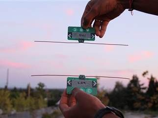 No batteries! Wireless tech recycles airborne radio waves (Photo: University of Washington)