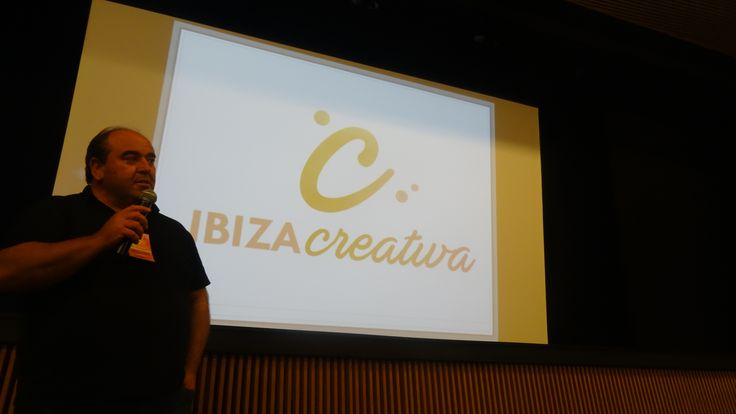 Ibiza Creativa, the new creative tourism program fostered by the Consell Insular d'Eivissa (Ibiza Island Council), organized, last November 23rd, a training for the local entrepreneurs to design and promote creative tourism experiences.   Creative Tourism, Tourisme créatif, Turismo creativo, Turismo Criativo, Turisme creatiu, www.creativetourismnetwork.org.
