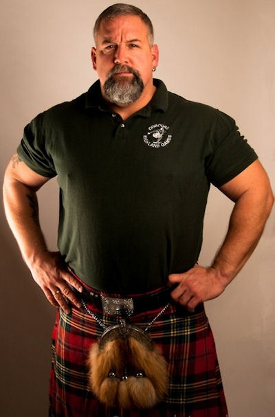 Men in kilts....dare you to say anything!!