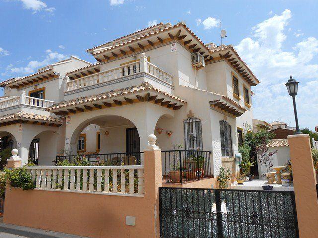 awesome 2 bed Quad For sale Campoamor