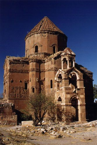 Akdamar Church in Ruins., historic Armenia