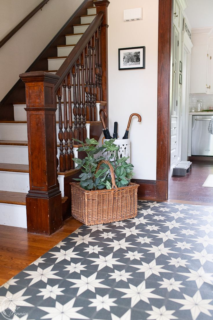 Easy summer decorating front hall use vintage woven