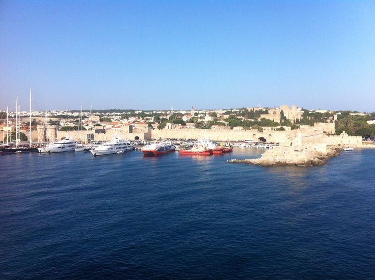 Λιμάνι Ρόδου (Rhodes Port) in Ρόδος