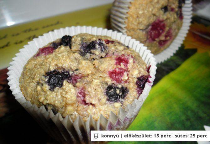 Diétás zabos gyümölcsös muffin