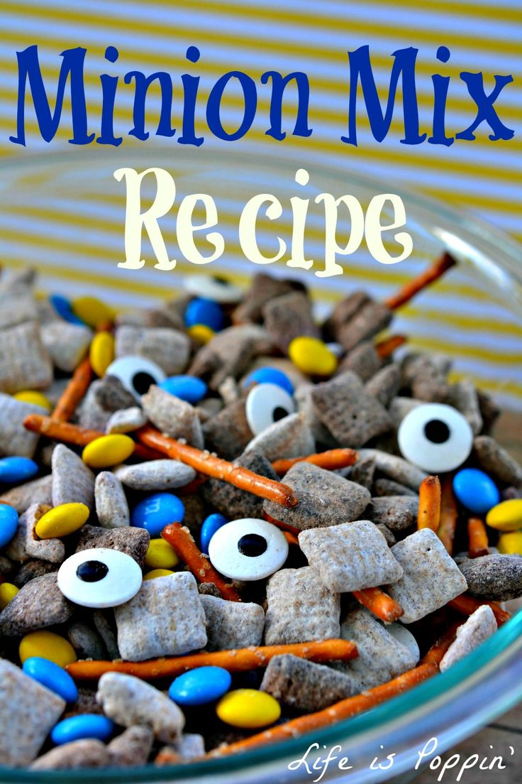 Minions have taken over the world! I mean, how can you NOT love them? With their new movie coming out it was only appropriate that we join in on the obsession and make a yummy treat your kids will surly love.  Don't worry, there's nothing despicable about this delicious recipe!