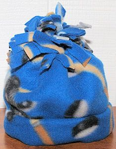 How to Make an Easy Fleece Hat- these would be a great addition to a service project benefitting the homeless or children.