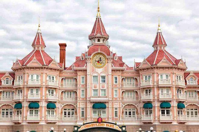 Where to stay near Disneyland Paris - Best Hotels near EuroDisney   Best  disneyland hotels, Hotels near disneyland paris, Disney paris