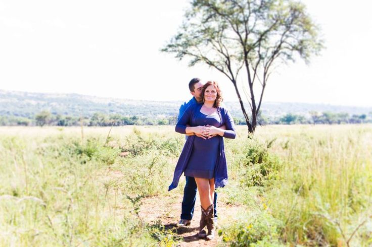 Beautiful photo of the married couple on the farm photographer Daniel L Meyer