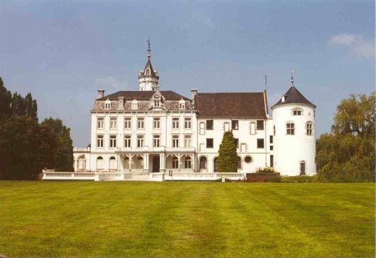 Kasteel Bethlehem te Limmel / Limburg Nederland
