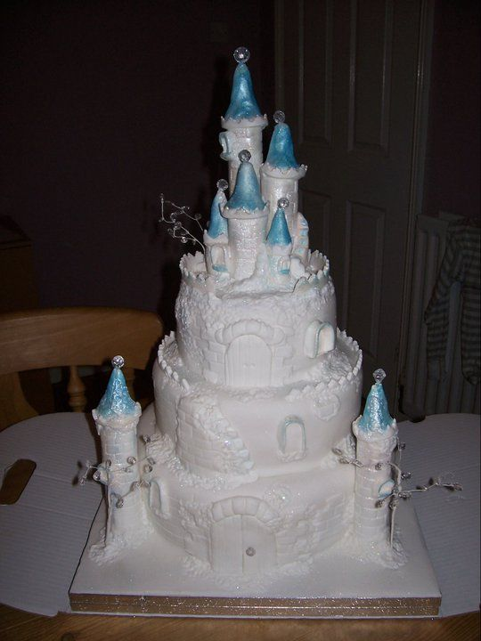 castle wedding cake designs 55 best images about castle wedding cake ideas on 12438