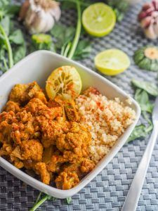 A hearty vegan meatless meal: cauliflower stew with lentils and squash. GF too. Packed with protein. Vegetarian Cooking, Healthy Cooking, Vegetarian Recipes, Healthy Eating, Cooking Recipes, Vegetarian Options, Cooking Ideas, Food Ideas, Veggie Heavy Recipes