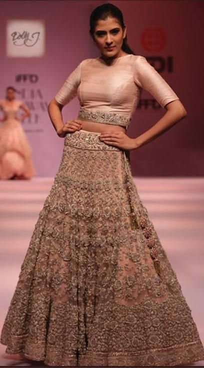 Dolly J lehenga: Find more on Wedmegood.com