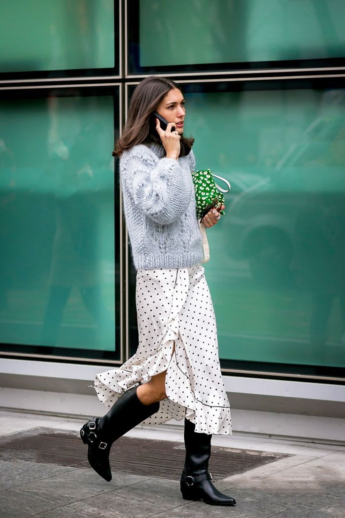 Save These 11 Oversize-Sweater Outfit Ideas for the Dead of Winter via @WhoWhatWearUK