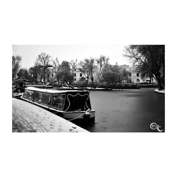 #London #littlevenice #little_venice #littlethings #little_things #frozen #canals #andreaturno #nikontop #nikonD5000 #nikonphoto_ @andreaturno #blackandwhite #black_and_white #memories #happy #Saturday