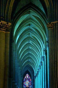 Interier katedrály v Remeši (77 pieces)