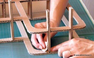construction Tete de lit en carton Haustin - meuble en carton atelier chez soi