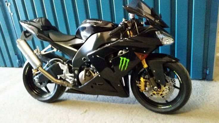 Kawasaki ZX10R Black Edition 2005 aangeboden in de Facebookgroep #kawasaki #kawasakizx10r #motortreffer #motorentekoopmt #motoroccasion #motoroccasions #motorverkoop #motoren #motorverkopen #motorinkoop #motorzoeken #motorenzoeken #motorzoeker #motorexport #motorimport #motorinkopen #toermotoren #racemotoren #circuitmotoren