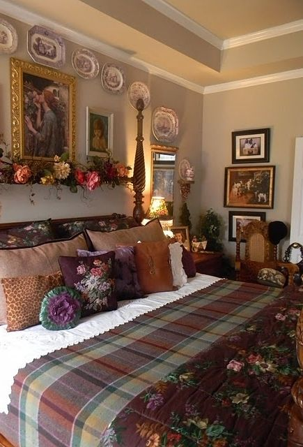Eye For Design  How To Decorate Country Bedrooms With Charm    I LOVE this  bedroom styling  colors and warmth. 95 best Cottage Bedrooms images on Pinterest   Cottage bedrooms