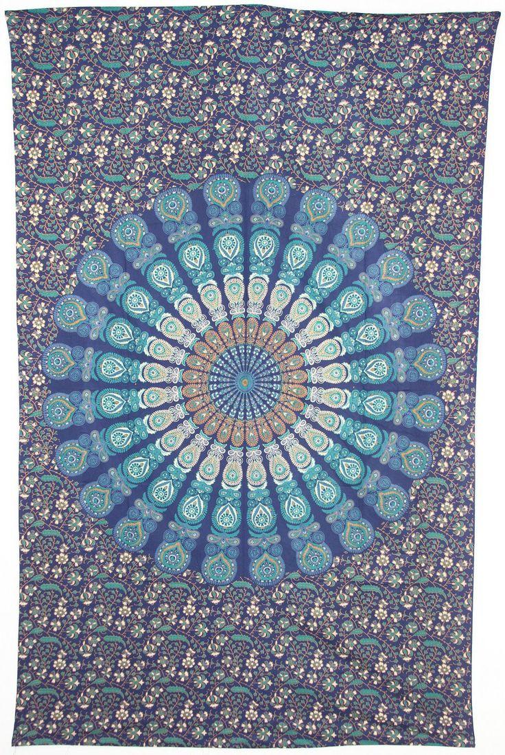 Les 25 meilleures id es de la cat gorie tapisseries hippie sur pinterest tapisserie boho - Peut on tapisser sur de la tapisserie ...
