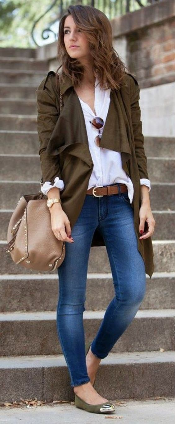 Brown cascading cardigan, white shirt, skinny jeans, brown belt, camel shoulder bag