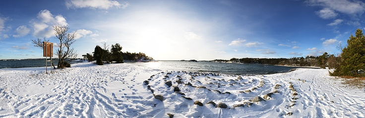 Panorama in winter at Knappelskär, Nynäshamn in Sweden. Part of the photo project Vida Vyer: Nynäshamn. Photos by Anna Andersson © 2012
