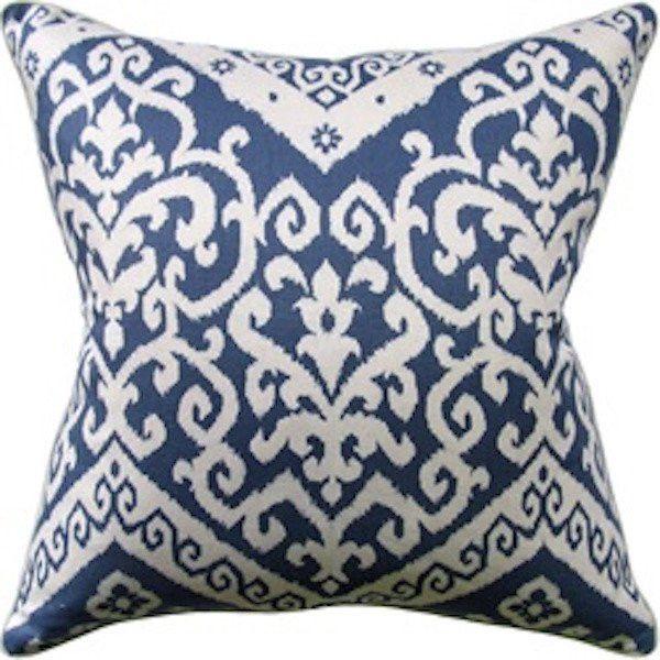 Dressur Pillow