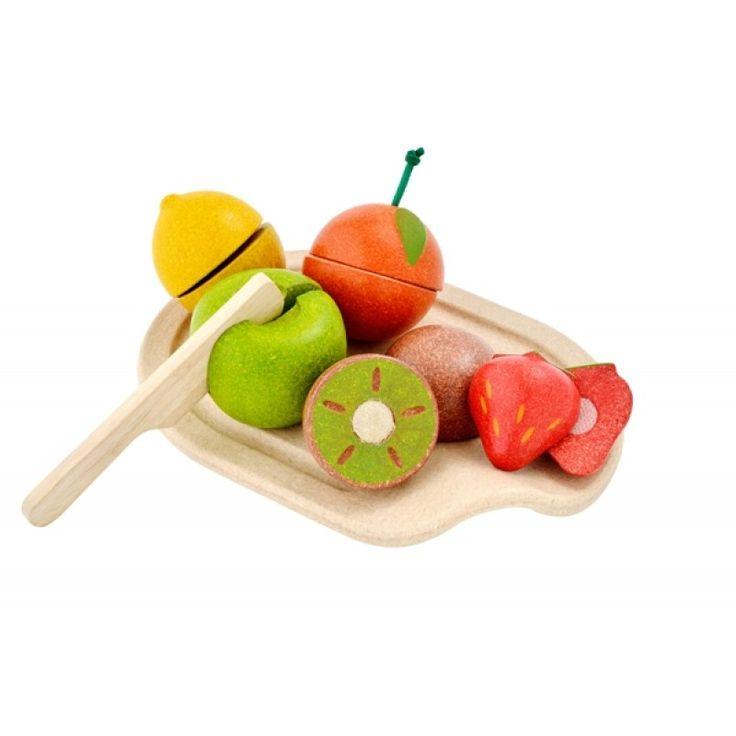 Lekmat i trä frukt med skärbräda, Assorted Fruit Set - PlanToys - Ekologiskt & Tryggt - GoodforKids