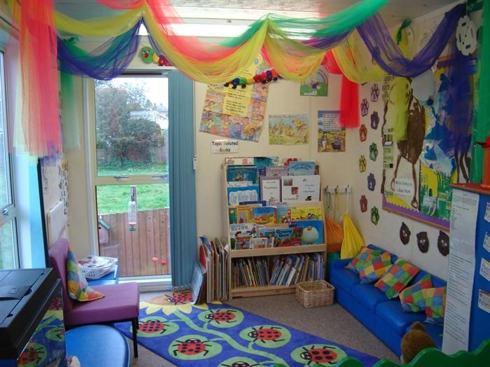 25 best ideas about kids reading areas on pinterest kid for Kids reading corner ideas