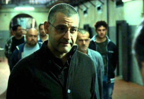 #Spettacoli: #CRISTINA #DONADIO / Scianel si allea con Ciro? (Gomorra 2  La serie  terza puntata 24... da  (link: http://ift.tt/1TBkZVt )