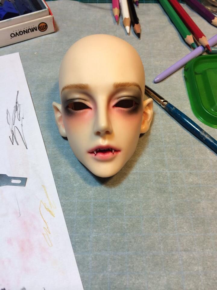 Gluino vampire faceup by me bjd doll
