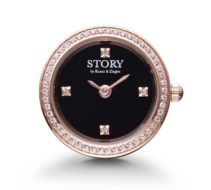 STORY ur i rosaforgyldt stål  med sort urskive og med Swarowski krystaller. Et fedt STORY ur der kan sættes på diverse STORY armbånd, så de sammen udgør ét  smykke, der både er personligt og rigtig cool!