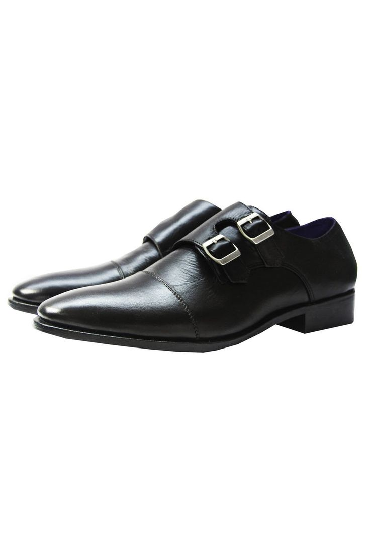 The Mantorii Double Monk - A shoe with two buckles instead of the lacing. Less common, but very stylish and with even more panache than the single Monk. Works great with jeans. #MensWear #MensStyle #MensFashion