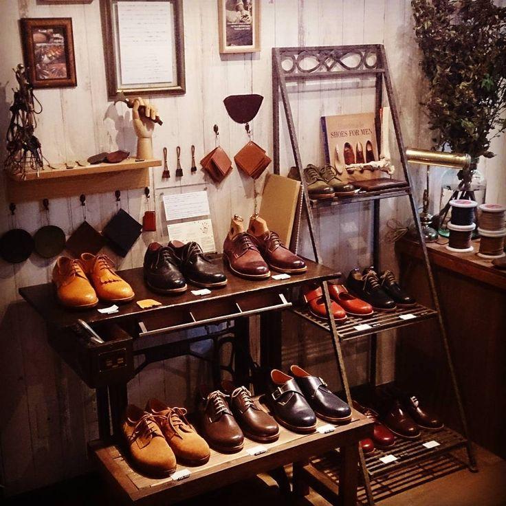 レイアウトを少し変えました    #apego #handmade #shoes #アペーゴ #ハンドメイド #シューズ #靴修理 #靴クリーニング #オーダーメイド #靴磨き #靴製作 #五反田 #目黒 #高輪 #大崎 #大崎広小路 #品川