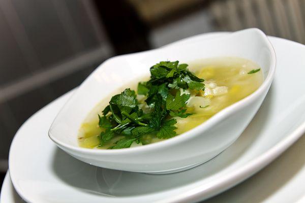 lauch-sellerie-suppe-mit-edamer