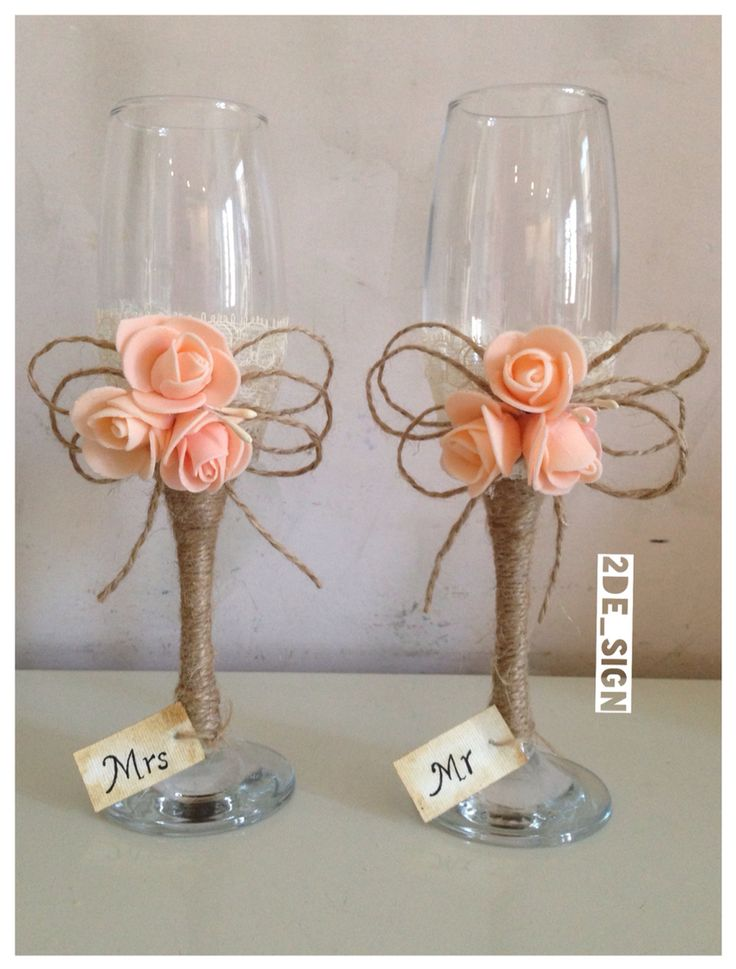 Wedding glasses shabby chic, with pink roses/ bicchieri nuziali in stile shabby chic, con rose, pizzo e corda