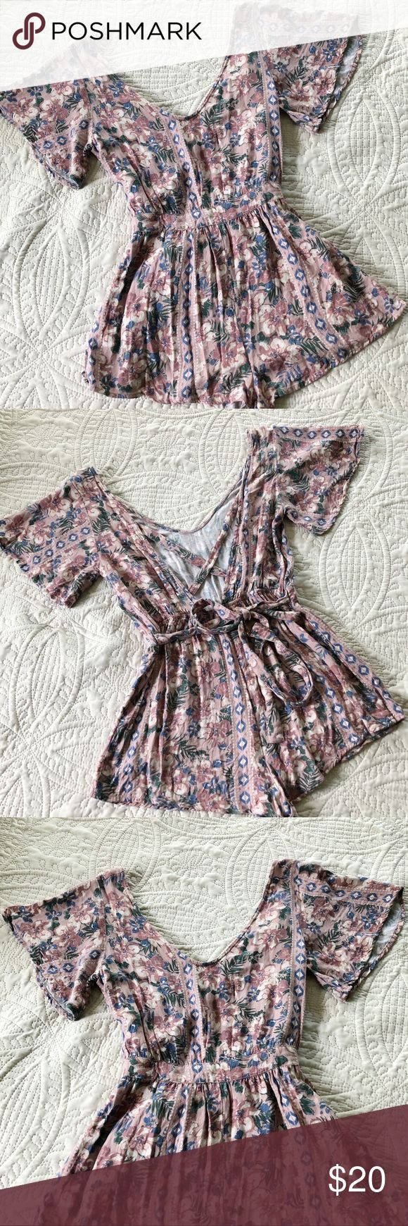 O'Neill Pink Floral Romper – size small O'Neill Pink Floral Romper – size sm…