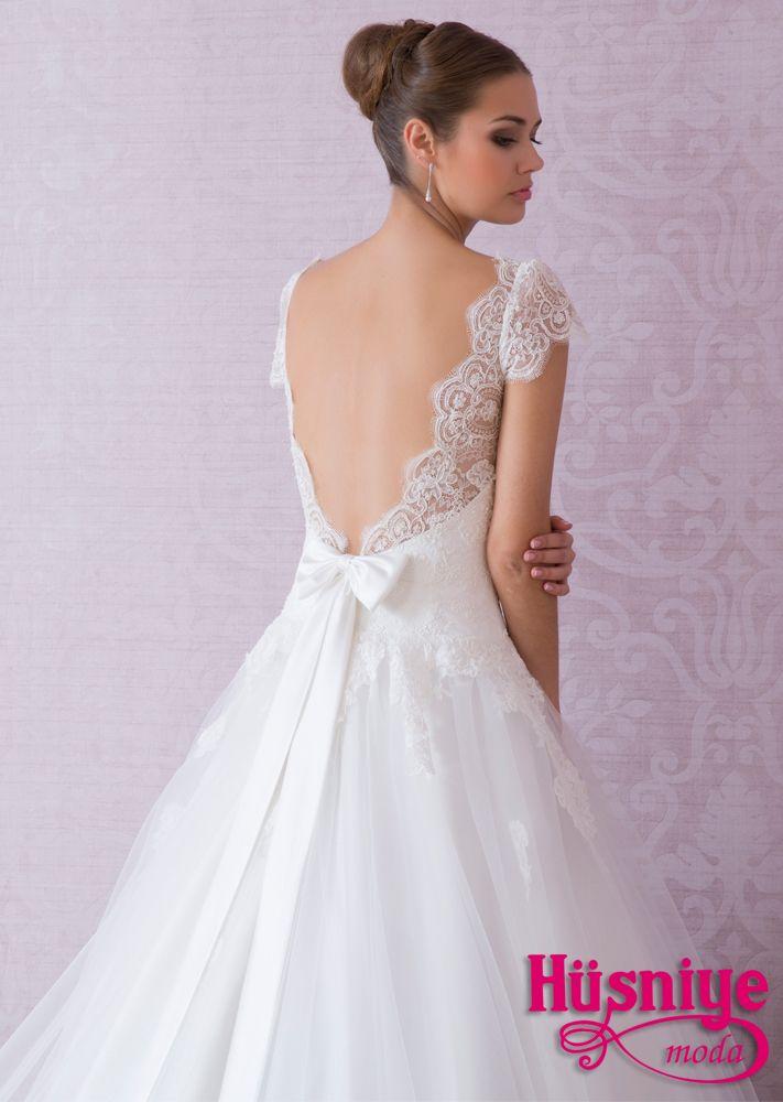 Gorgeus back detail! #weddingdress #wedding www.husniyemoda.com.tr