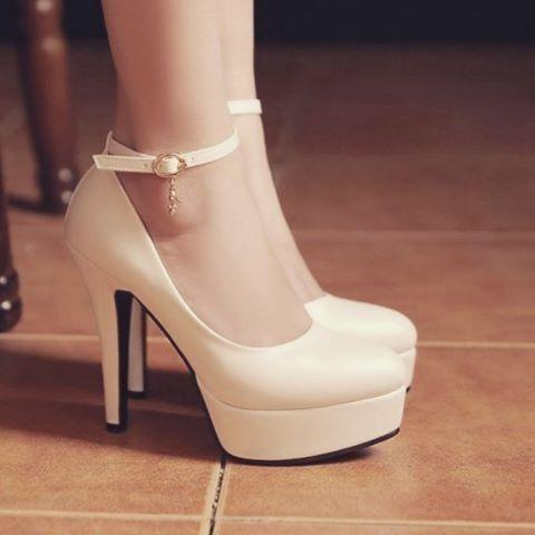 Cute or Ugly? . . . . . . . . #fashion #fashiondiaries #fashionista #туфли…