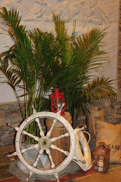 Gilligans Island decor