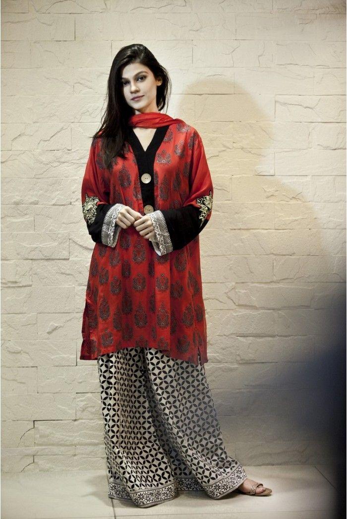 Pakistani fashion designers bridal dresses 33