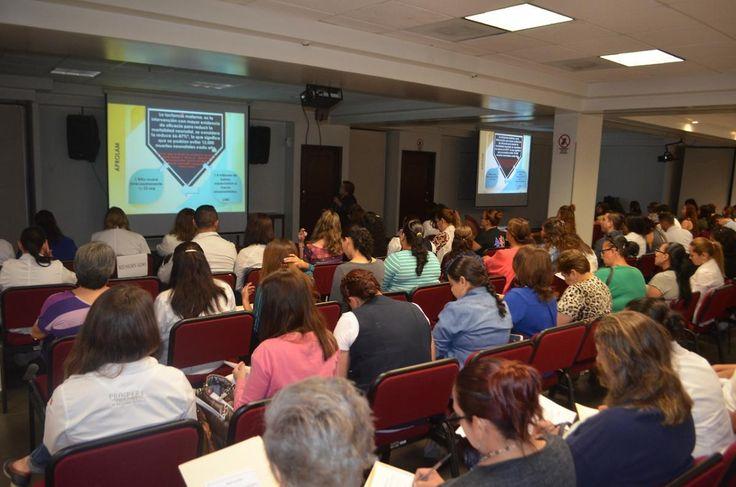 Imparten curso de lactancia materna a personal del Hospital General | El Puntero