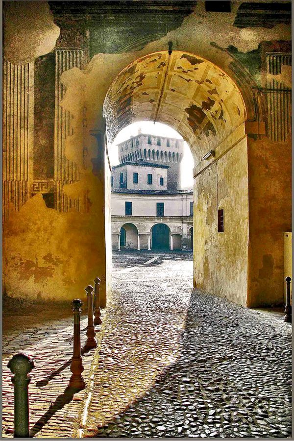 "Italy - Mantua - Passage from Square ""Sordello"" to Square ""Castle"" by alberto laurenzi on 500px"