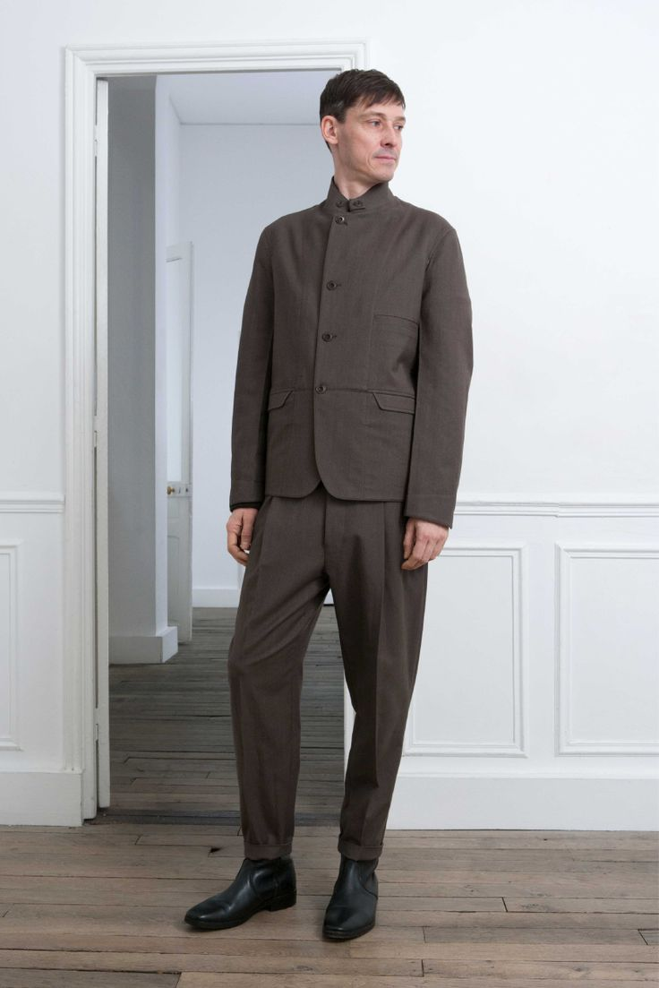 4. Functional jacket and one-pleated pants in washed cotton and virgin wool / Boots in vegetal calf leather