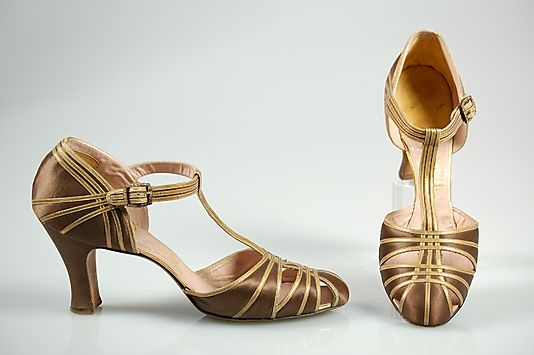 Brown silk satin and gold leather evening sandals, by Fenton Footwear for Saks Fifth Avenue, American, 1934.