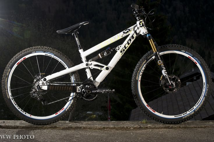 Brendan Fairclough's New 4X Bike:  All-Terrain Bike,  Off-Road, Mountain Bike, Bike Photos, Mountain Serenity, Brendan Fairclough, 4X Bike, 2013 Shimano, Saint Photos B