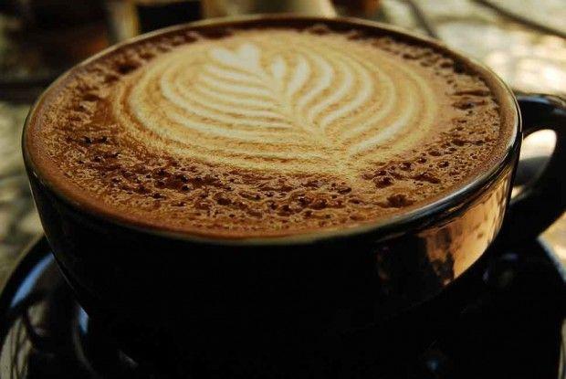 Flat White, Cafe Byzantium, Ponsonby, Auckland.