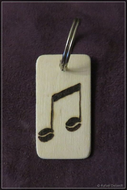 sleutelhanger voor Roger (muzieknoot met koffiebonen)